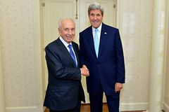 U.S. Secretary of State John Kerry meets with former Israeli President Shimon Peres in New York City on September 22, 2014. The Secretary is holding meetings in conjunction with the 69th Session of the United Nations General Assembly. [State Department photo/ Public Domain]