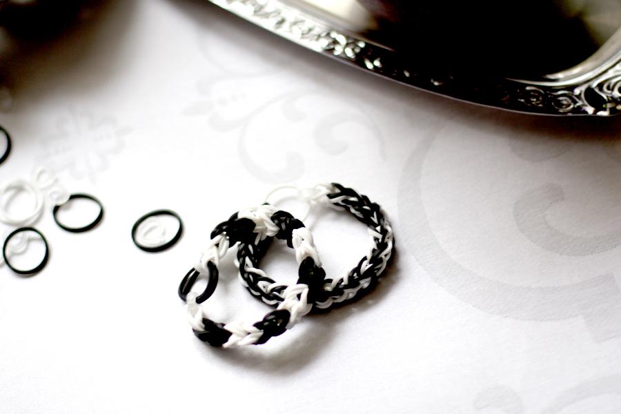 Looms Loom Bands Loom Bänder Kinder Erwachsene DIY bracelet armband gummi selfmade trend neue trends kinder trends Ricarda Schernus CATS & DOGS lifestyle fashion blog 4