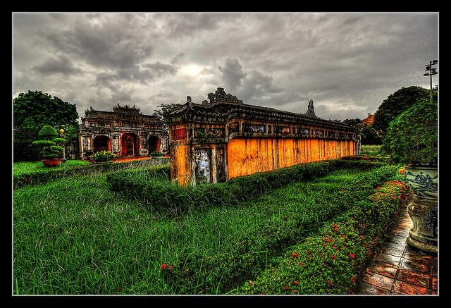 Huế VN - Imperial City Spirit screen