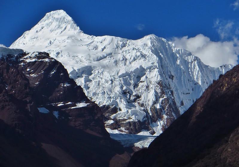 Chinchey (6220m)