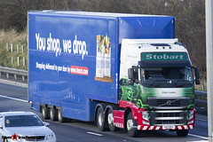 Volvo FH 6x2 Tractor with 3 Axle Box Trailer - PX11 BXY - H4659 - Claire Louise - Eddie Stobart - M1 J10 Luton - Steven Gray - IMG_5104
