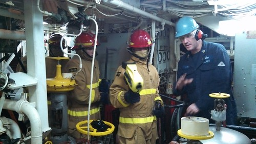 USS Russell Overcomes Obstacles in Light Off Assessment Preparation