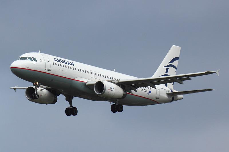 Aegean - A320 - SX-DGL (1)