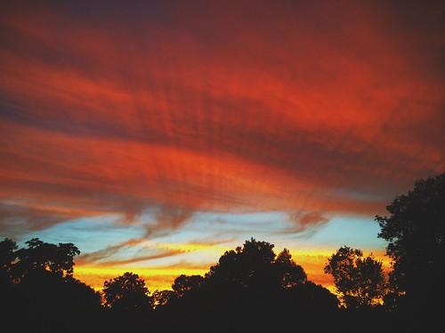 pink sunset summer sky orange nature colors beauty sunrise connecticut newengland ct rays trumbull tashua tashuaknolls