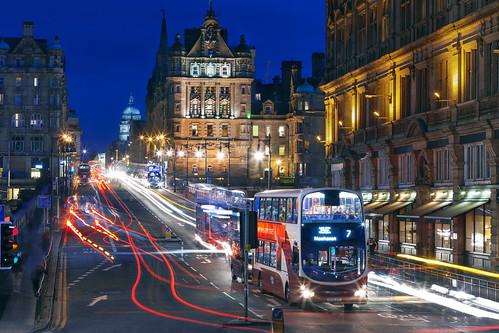 Edinburgh - Busy North Bridge