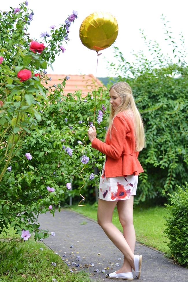 Outfit Wie ein einzelner goldener Ballon (2)