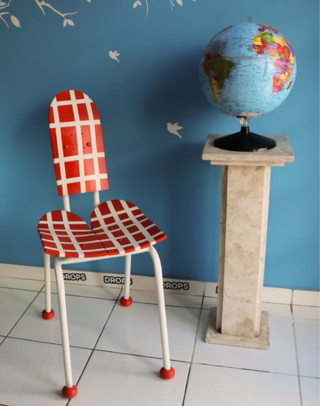 1_Brazilian-Designer-Creates-Unique-Pieces-With-Sports-Items.jpg