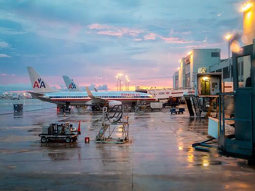 miami airport jets sunset aa aacom flying plane stickneydesign s100 lifelover4 hughstickney