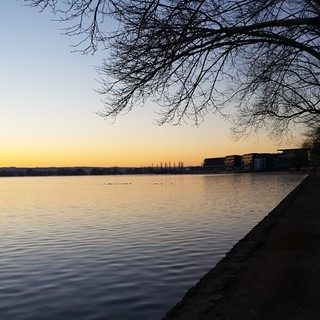 Lake Burley Griffin at sunrise on a cold morning.