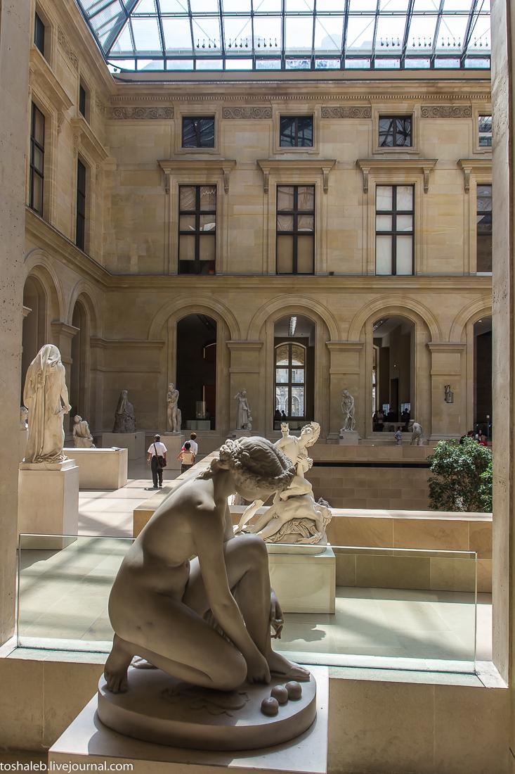 Louvre-75