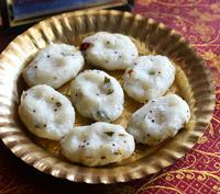 Rice Flour Pidi Kozhukattai