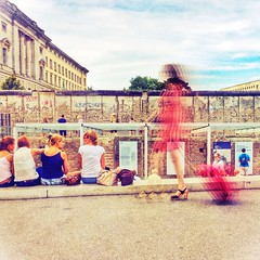 Tourist at the Berlin Wall-5