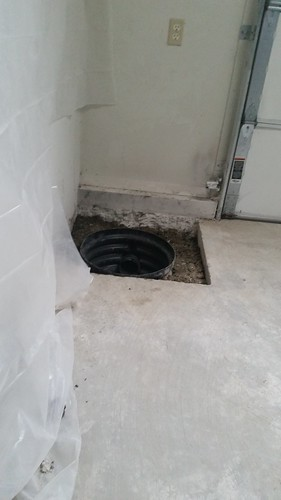 Pump hole