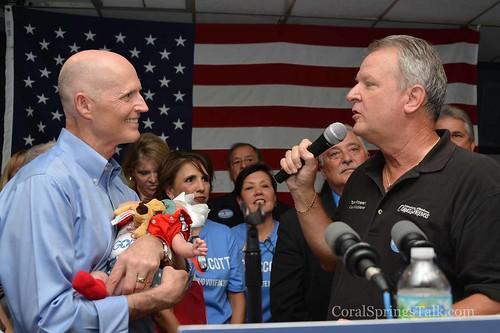 Governor Rick Scott Stops in Coral Springs FL