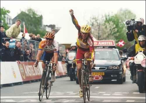 Amstel '98 - Bis di Jaermann che precede Den Bakker