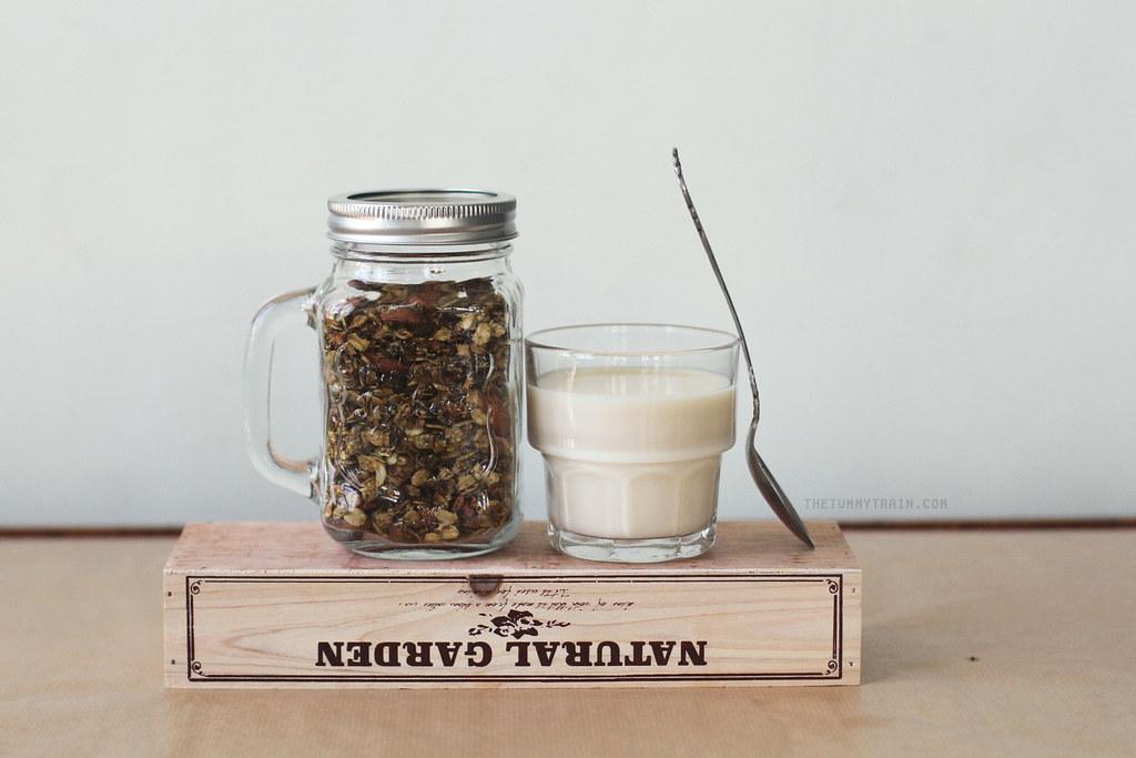 18207889334 7c9b0036a6 b - A quick Matcha Granola recipe to perk up your Mondays