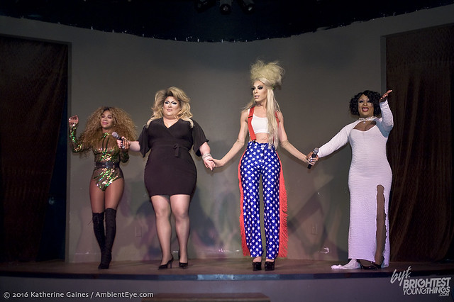 dragshow10-15-32