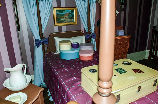 MK Peter Pan's flight bedroom