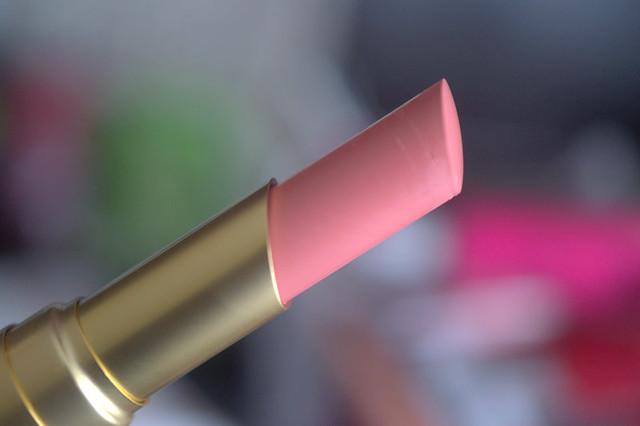 Too Faced Taffy Lipstick