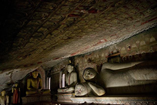 SL092 Dambulla Cave Temple 03 - Sri Lanka