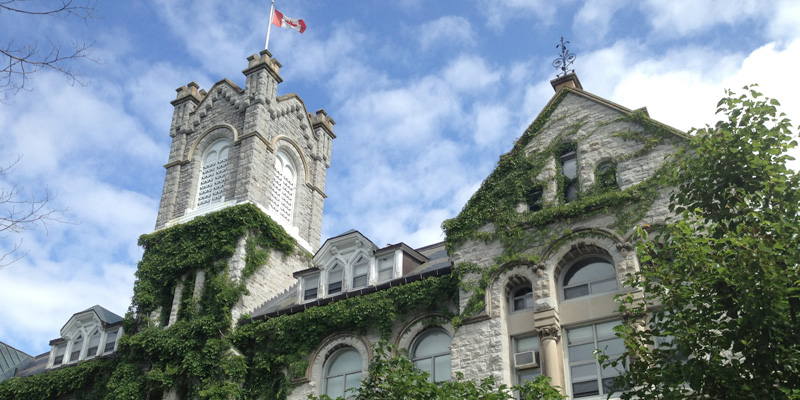 The best way to get to know Queen's is by coming to  visit. Explore our historic buildings, attend cultural events, and spend some time in our distinguished museums, archives, and galleries.