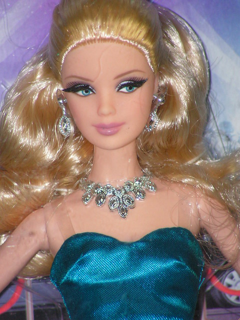 2013 The Barbie Look Red Carpet Mackie Blue Gown BJV54 (8)