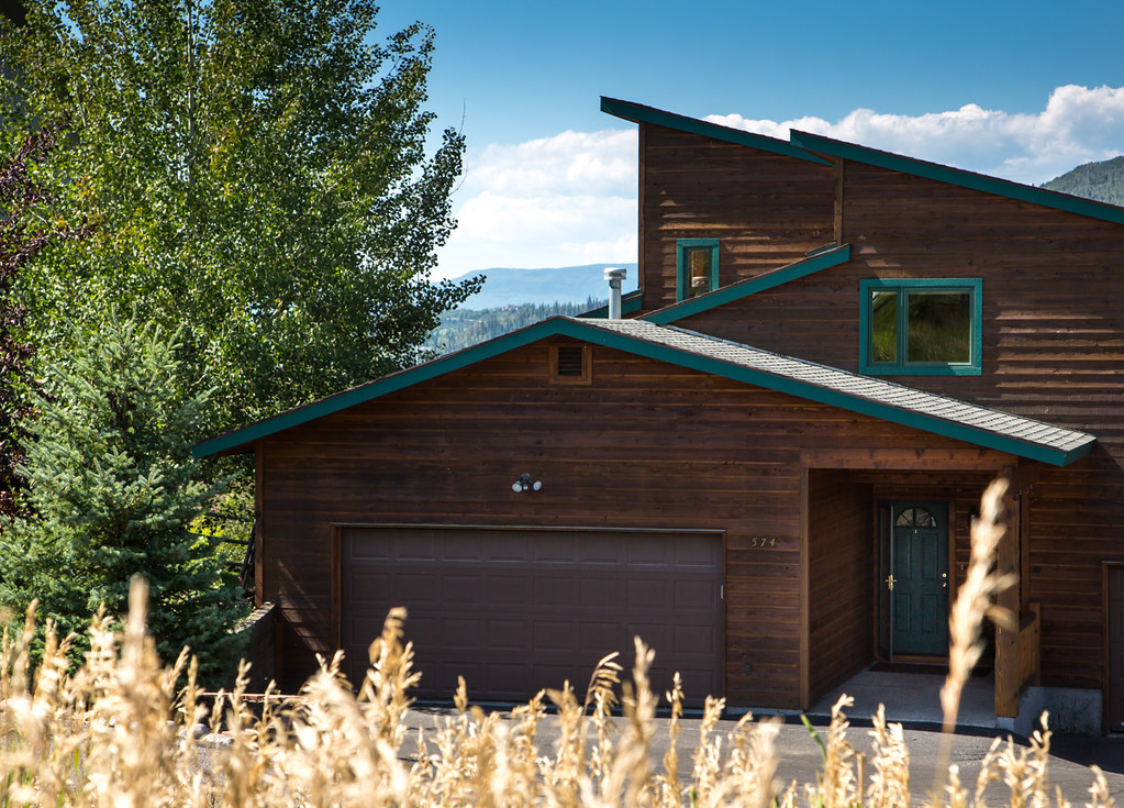 steamboat springs big and beautiful singles Steamboat springs resorts and lodges  or reel in the big one at fishing hotspots like steamboat lake or the yampa river  tucked into the slopes in beautiful .
