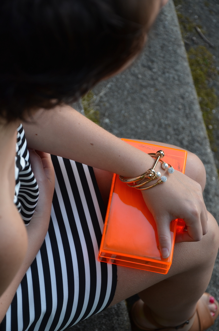 caja naranja fluor