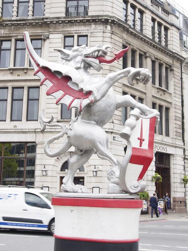 London, Taxi, Tour, travel, England, UK, dragon, City of London, Square Mile, dragon marker