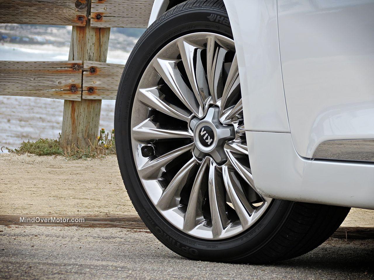 Kia K900 Wheel