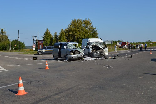 Через помилку водія в аварії під Рівним загинули чорниці з Хмельницького