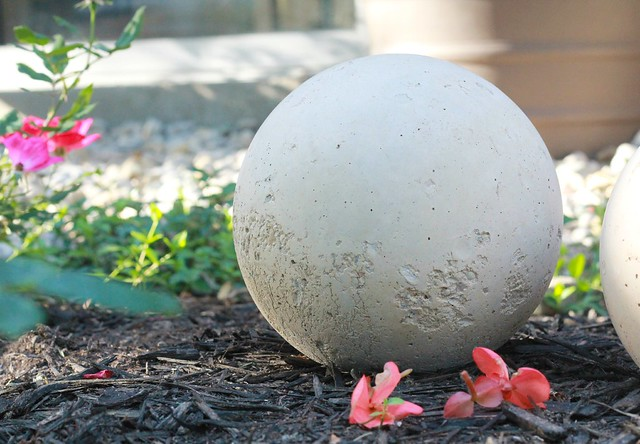 how to make diy cement garden spheres via Kristina J blog
