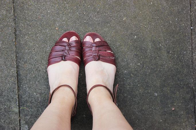 Vintage sandals - vintage schuhe outfit inspiration blogger