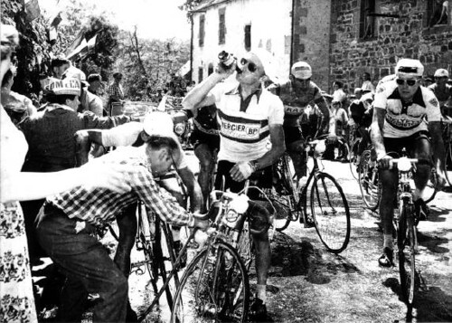 1959 Tour de France, taking on water