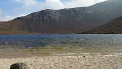 Coire Fhionn Lochan, up close on its sandy shores.