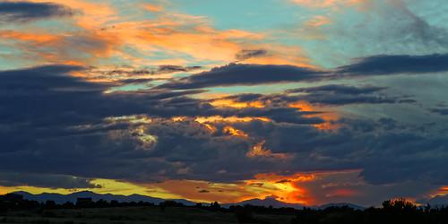 z5a9606dxosrgb sunset clouds ef24105mmf4lis canon canon5dmkiii allrightsreserved copyright2014davidcstephens dxoopticspro95 cherrycreekstatepark colorado usa aurora explore explored dxo getty landscapeforum