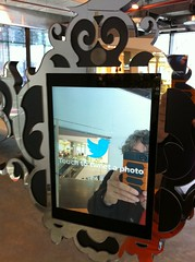 Twitter mirror,  #protiotype