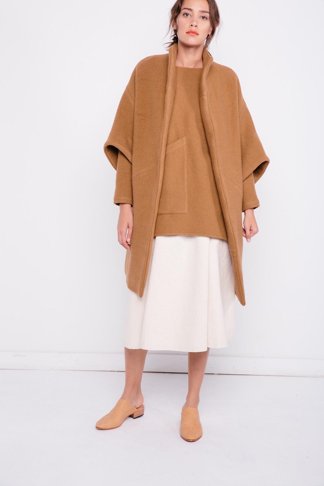 04-elizabeth-suzann-product-harper-tunic-camel-felted-wool