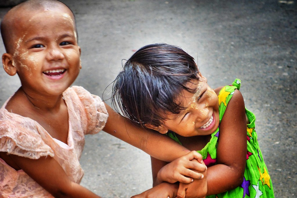 Myanmar - Mandalay - Kids