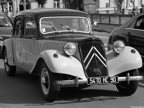 PPR - S20 - Noir et Blanc 1-Citroën traction avant