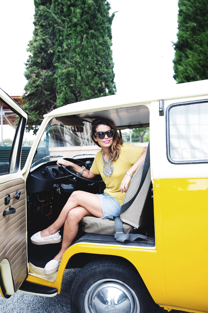 LidL_Ice_Cream-Levis_Vintage_Skirt-Yellow_Top-Espadrilles-Outfit-15