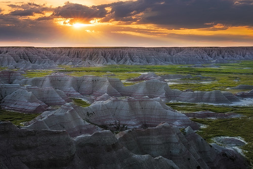 southdakota sunrise badlandsnationalpark bigbadlandsoverlook