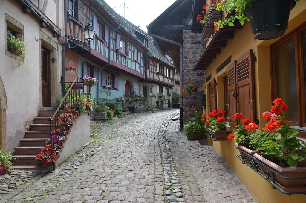 Eguisheim.Dans la rue.21