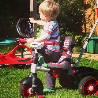 He says 'pretty Bene bike!'