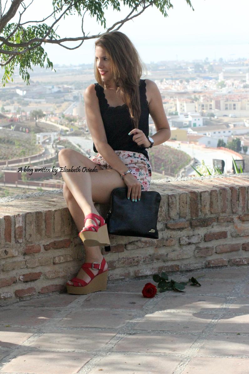 shorts de flores y cuñas Marypaz HEELSANDROSES (7)