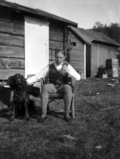 Andreas Moe med Gordon Setter (ca. 1910)