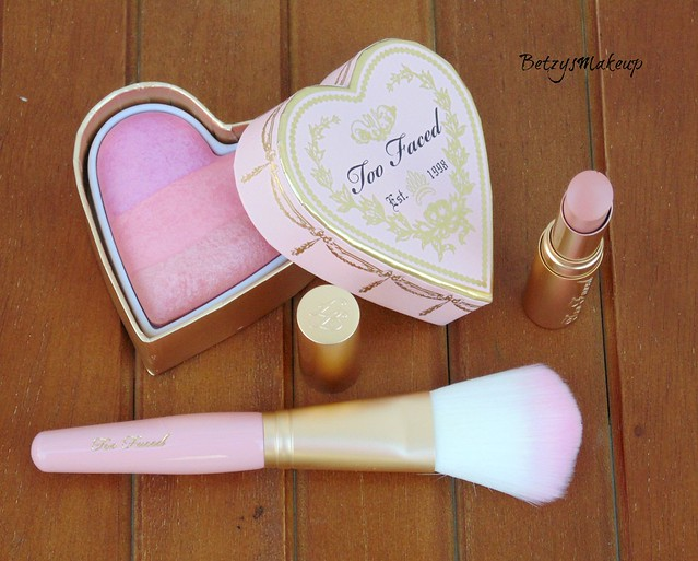 too-faced-forever-young-4-piece-beauty-collection