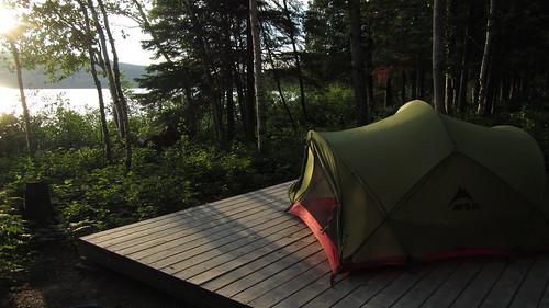 camping lac québec tente pleinair canotcamping parcsquébec msrtent louuiss lequébecetsesparcsnationaux parcnationaldulactémiscouata