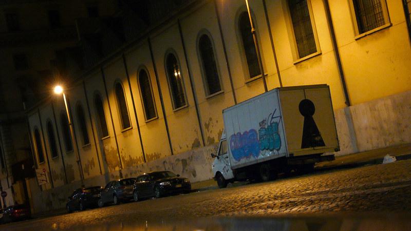 Roma Termini truck