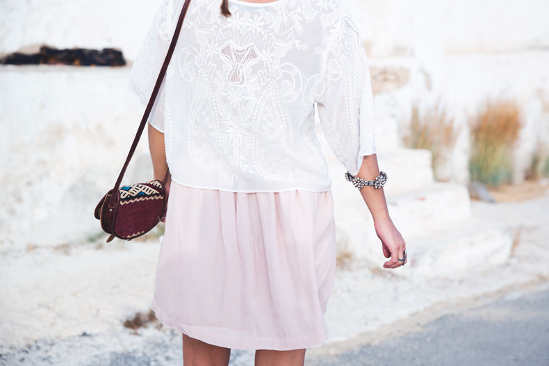 Light_Pink_Skirt-Lace_Top-Street_style-Outfit-42